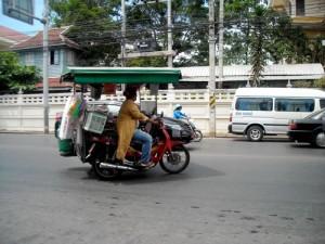 in Surat-Thani auf dem Weg nach Koh Phangan