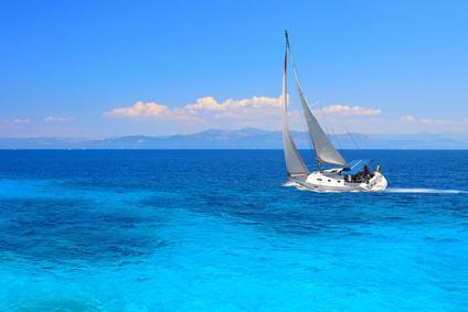 Urlaub in Griechenland: mit der Yacht übers Meer
