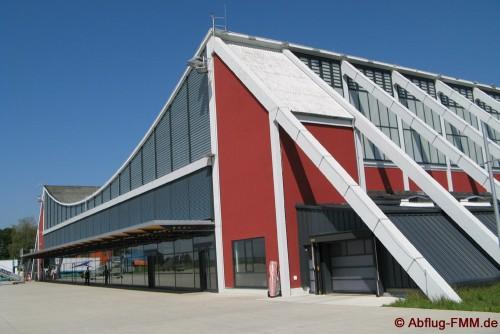Der Memminger Flughafen verfügt über einen schönen Terminal