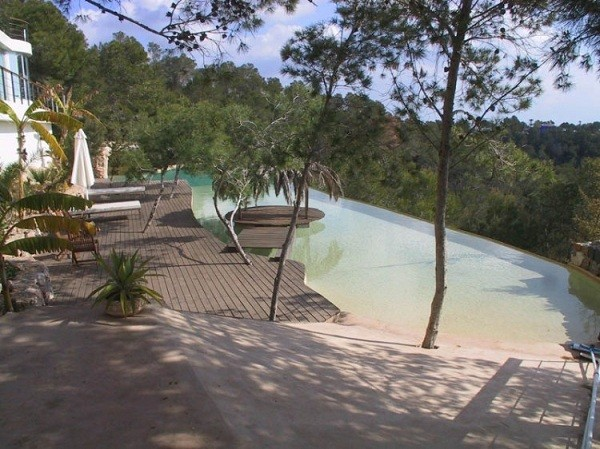 Villa mit Swimming Pool in Spanien