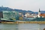 Linz, Kulturhauptstadt 2009 - mitten in Oberösterreich - Etappenort am Donauradweg Passau-Wien