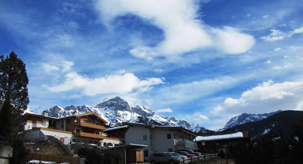 Angekommen in Maria Alm - Im Hintergrund der Hochkönig. Können Skigebiet und Hotel unsere Erwartungen erfüllen?