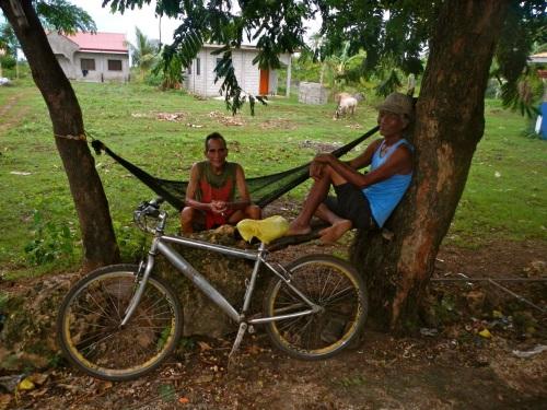 Einheimische auf Bantayan Island