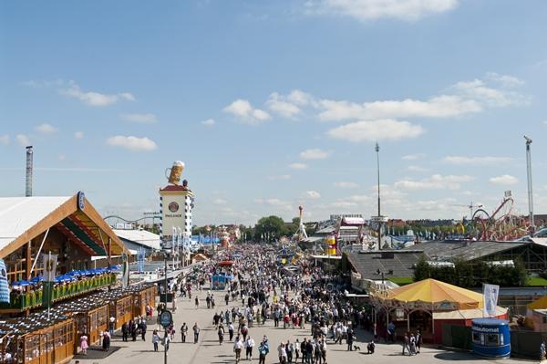 Oktoberfest München -größte Volksfest - Theresienwiese