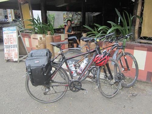Von Ubay, Bohol, ging es nach einer kurzen Mittagspause weiter nach Bato, Leyte. Foto: Reise-Typ.