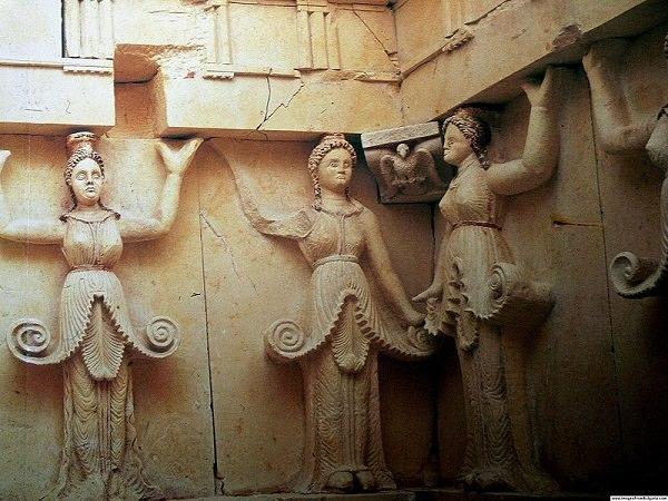 Thrakergrab Sweschtari - Gräber mit Karyatiden - Grab des getischen Königs Dromichaites