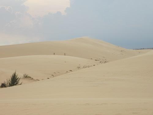 Weiße Sanddünen in Mui Ne