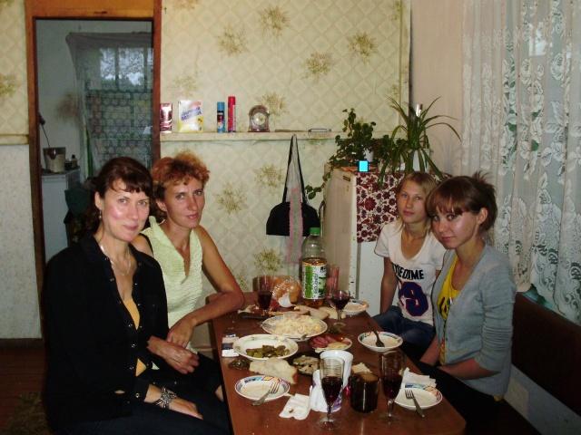 Bescheidene, doch herzliche Gastgeber: Die Bewohner von Veselovka