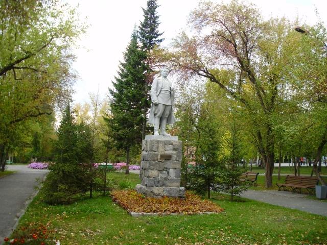 Denkmal Kirows im Sad Kirowa