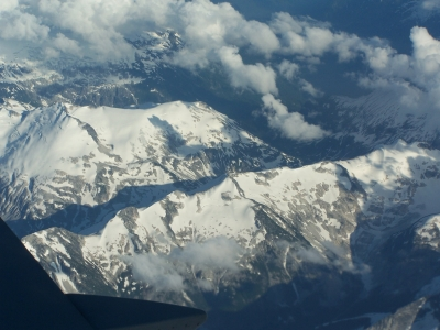 Rocky-Mountains-aus-der-Luft © Dieter-Schütz / pixelio.de