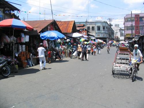Typische Marktszene auf den Philippinen