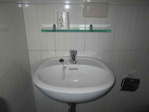 In manch einem Hotel suchen die Tester vergeblich nach einem sauberen Waschbecken – was egtl. selbstverständlich sein sollte!