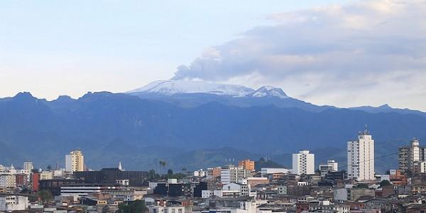 Vulkan Nevado del Ruiz auf einer Reise durch Kolumbien entdecken